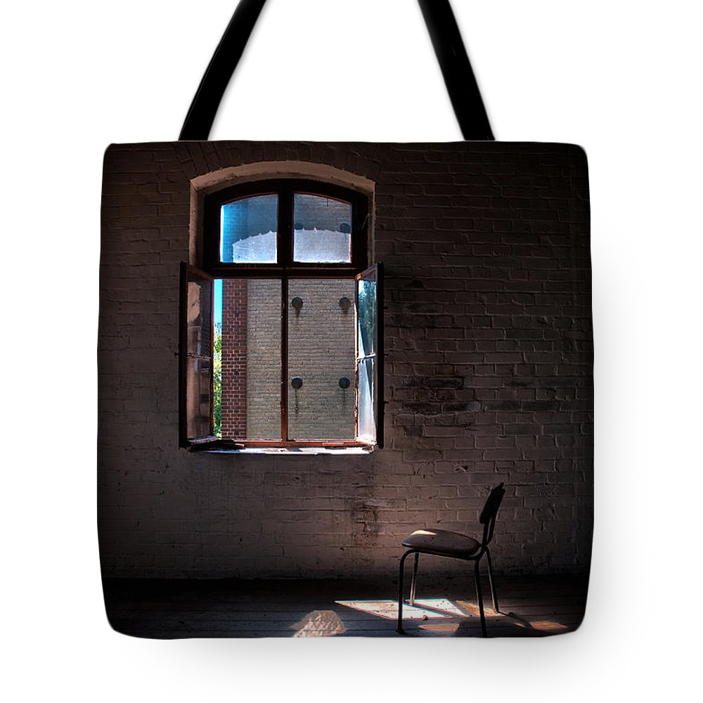 Abandon Tote Bag featuring the photograph Seat For One by Nathan Wright