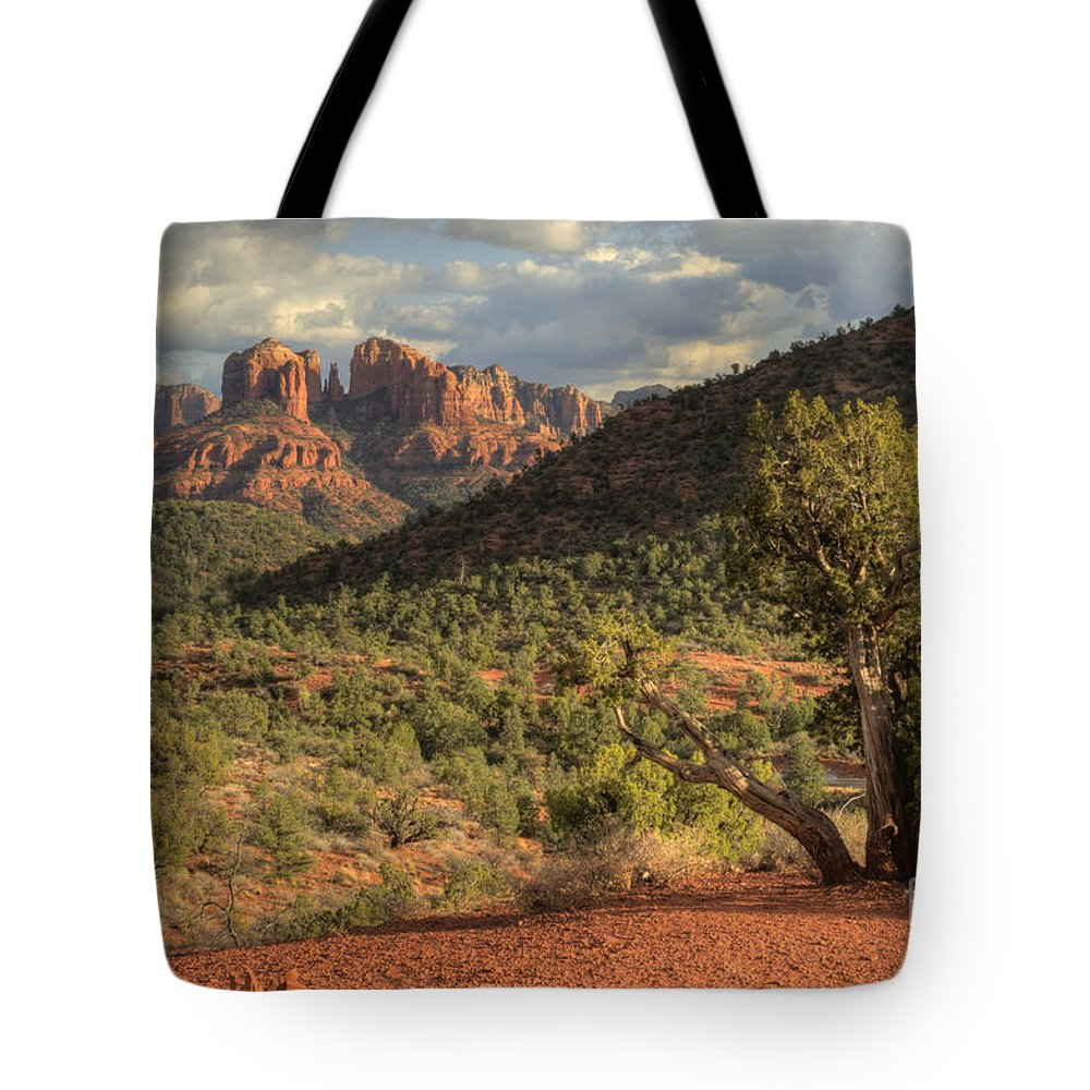 Hdr Tote Bag featuring the photograph Sedona Red Rock Viewpoint by Sandra Bronstein