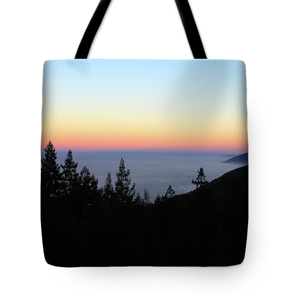 Sunset Tote Bag featuring the photograph Sherbet Sunset Big Sur by Lorraine Devon Wilke