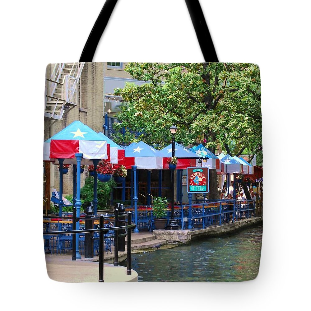Red Tote Bag featuring the photograph Show Your Colors by Judy Hall-Folde
