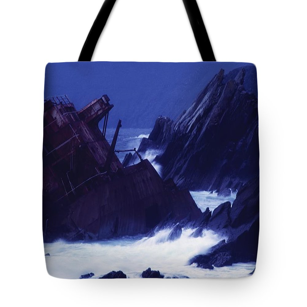 Shipwreck Tote Bag featuring the photograph Slea Head, Dingle Peninsula, County by Richard Cummins