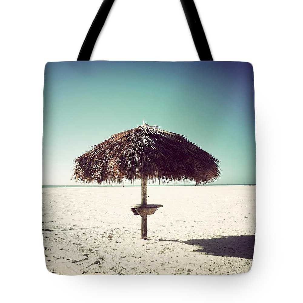 Florida Tote Bag featuring the photograph Solitude-vintage by Chris Andruskiewicz