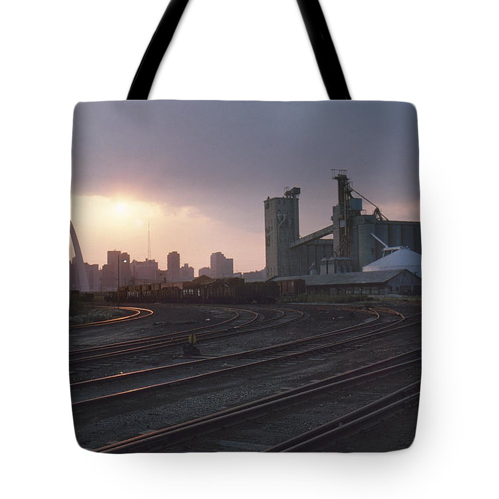 1974 Tote Bag featuring the photograph St. Louis: Freight Yard by Granger