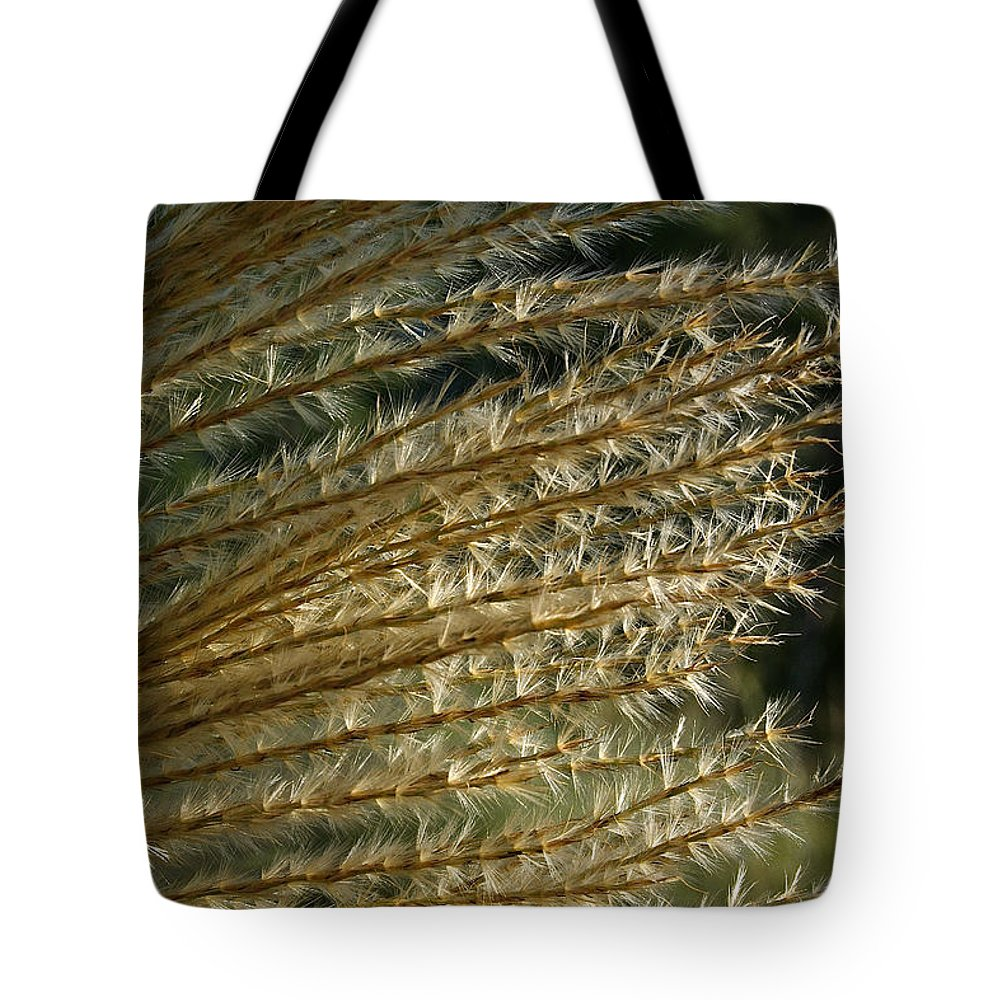 Outdoors Tote Bag featuring the photograph Summer Waves Goodbye by Susan Herber