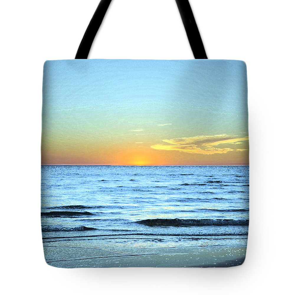 Sundown Tote Bag featuring the photograph Sundown by Elaine Mikkelstrup