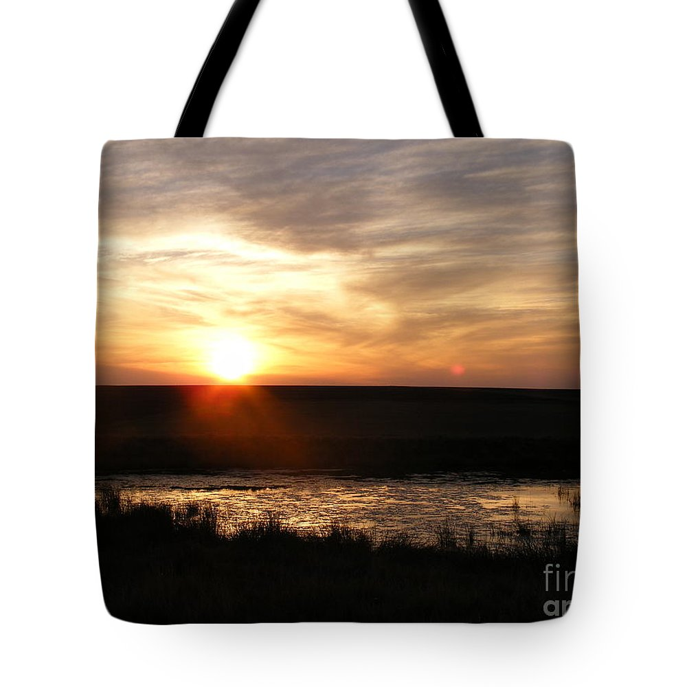 Sunset Tote Bag featuring the photograph Sunset And Water by Helena Marais