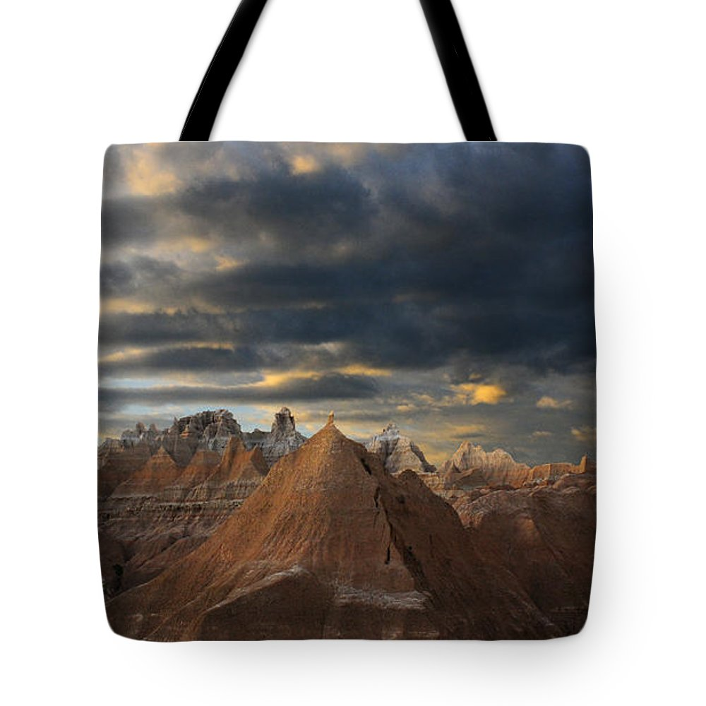 South Dakota Tote Bag featuring the photograph Sunset At The Badlands by Vivian Christopher