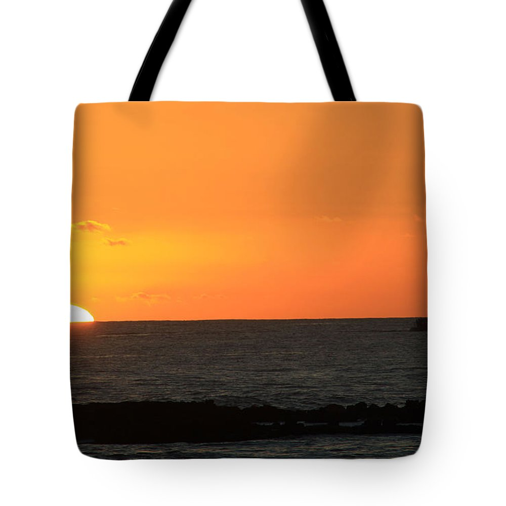 Sunset Tote Bag featuring the photograph Sunset Cruise by Dana Kern