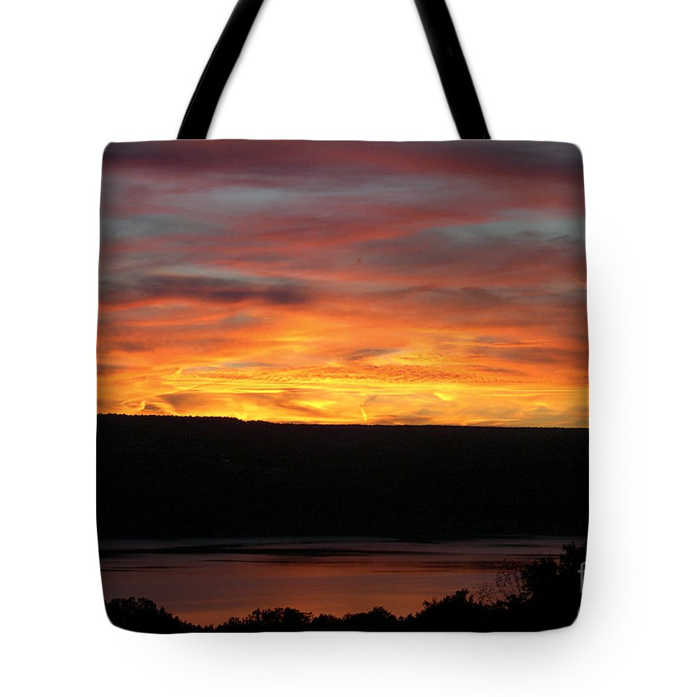 Sunset Tote Bag featuring the photograph Sunset Over Seneca Lake by Amy Reges