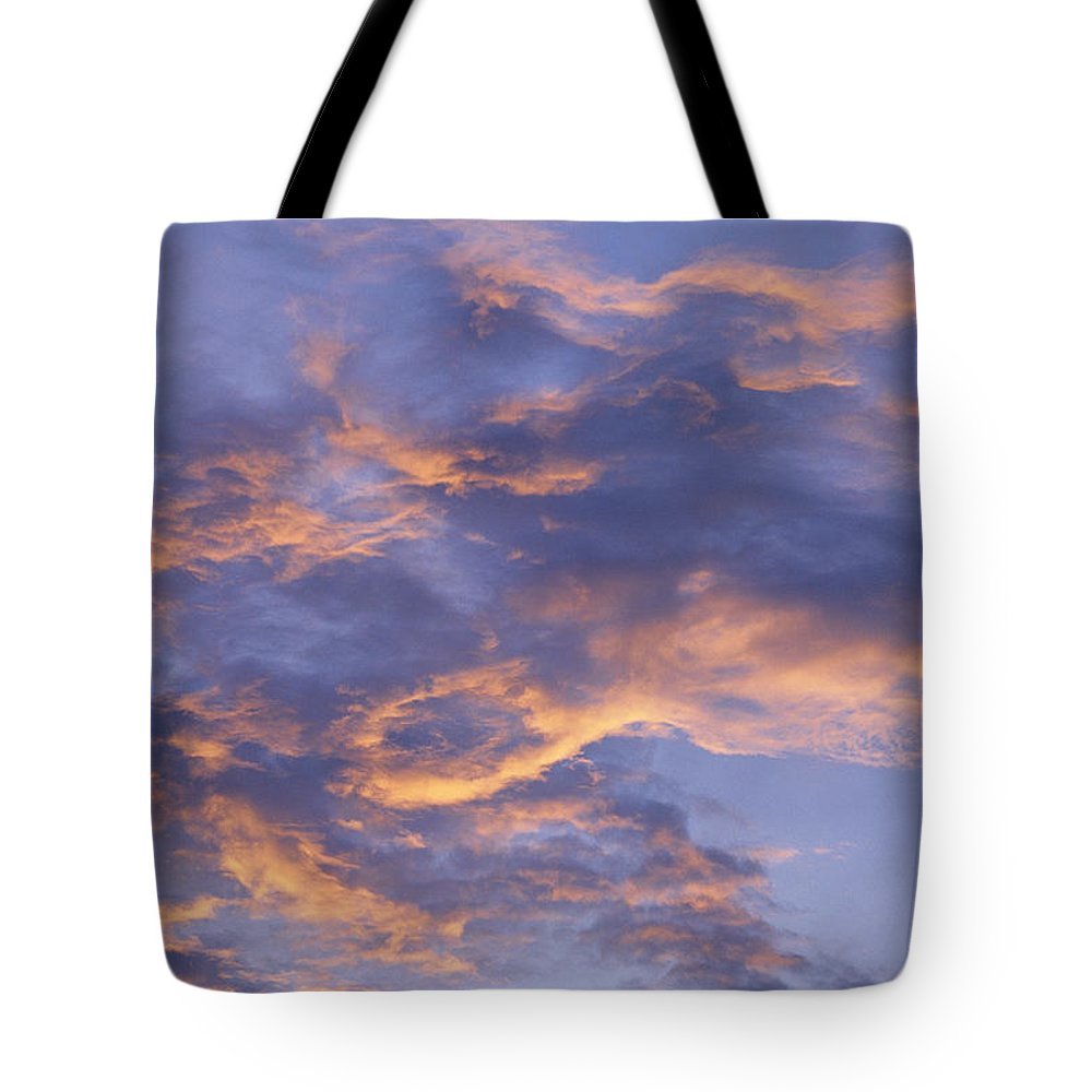 North America Tote Bag featuring the photograph Sunset Sky Over Nipomo, California by Marc Moritsch
