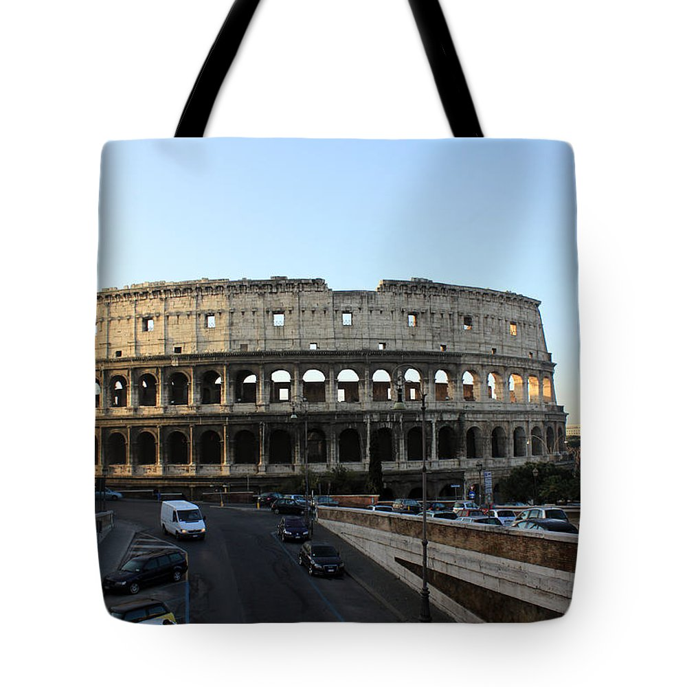 Rome Tote Bag featuring the photograph The Colosseum in Rome by Munir Alawi