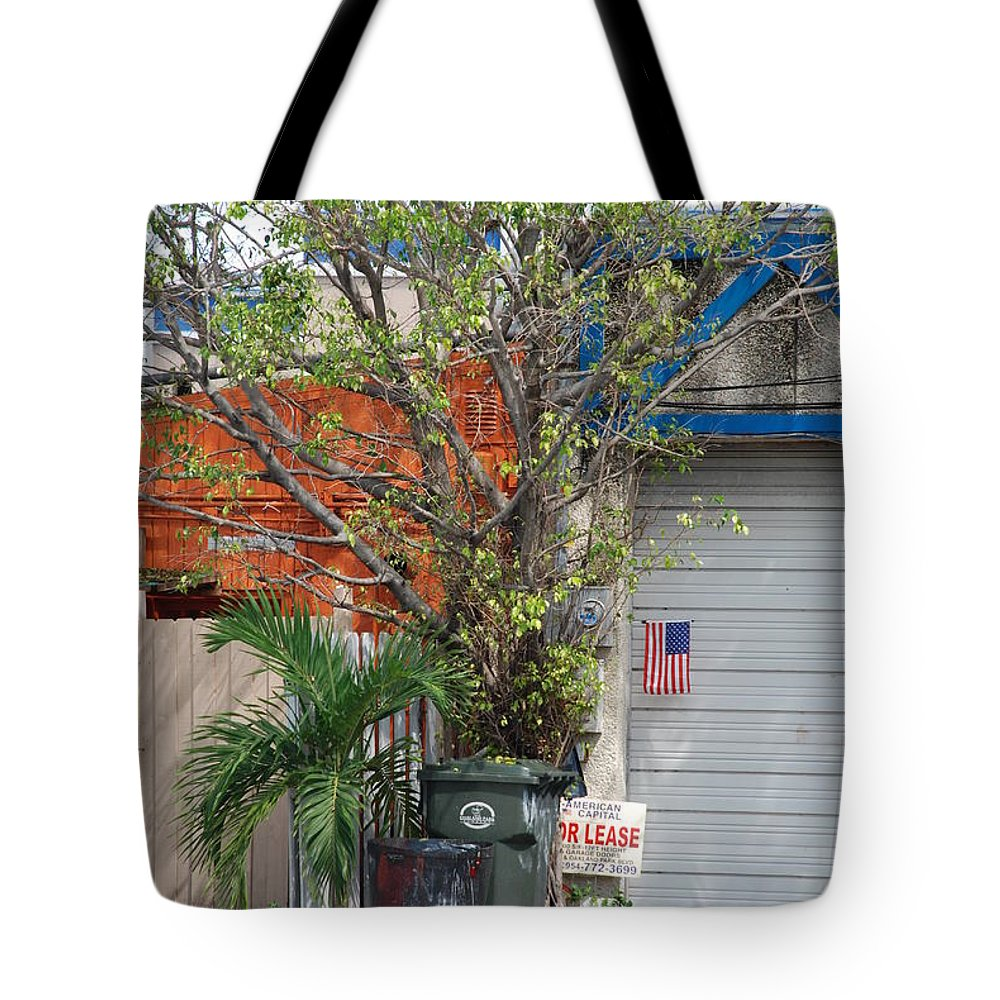 Tree Tote Bag featuring the photograph The Corner by Rob Hans
