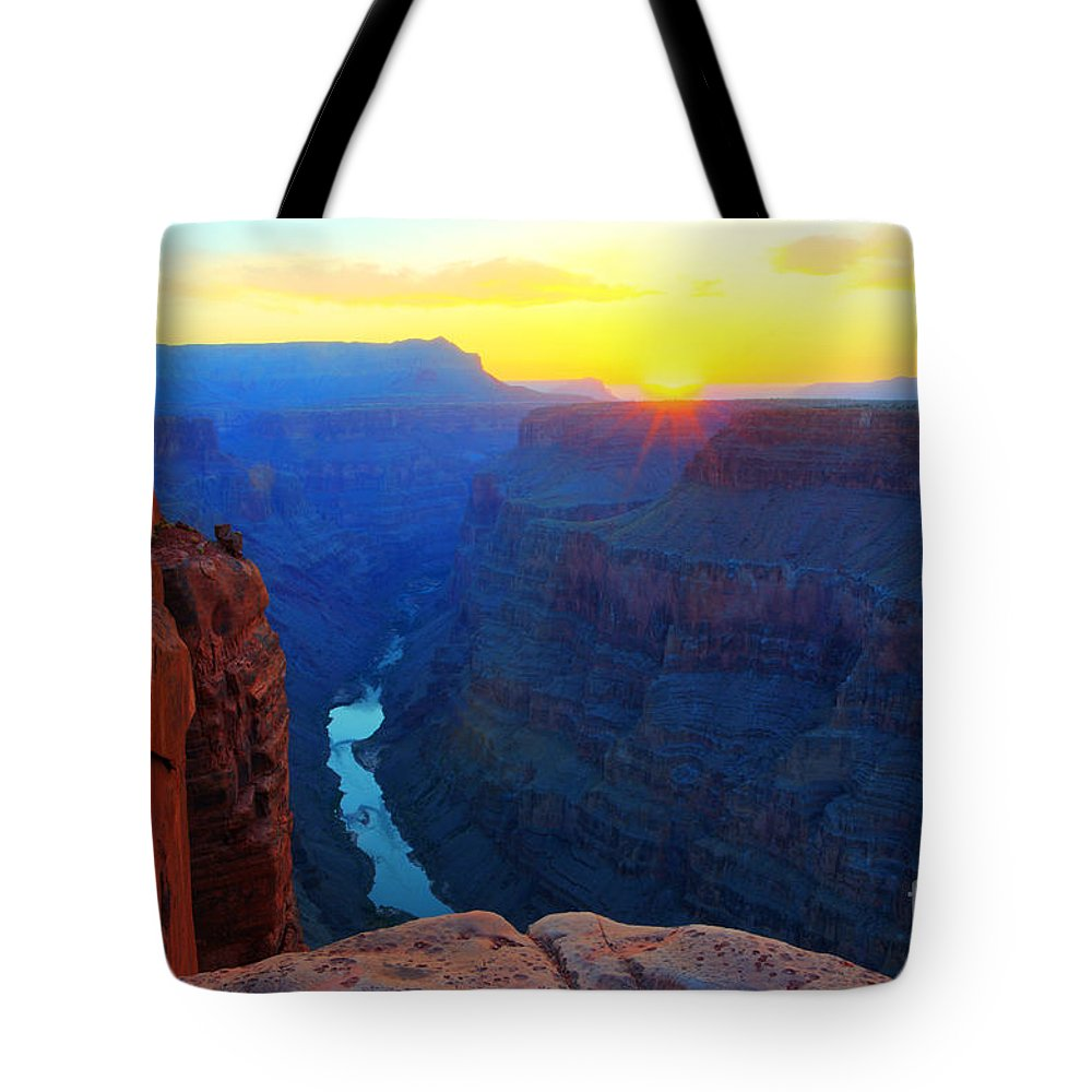 Grand Canyon Tote Bag featuring the photograph The Grand Canyon Solitude At Toroweap by Bob Christopher