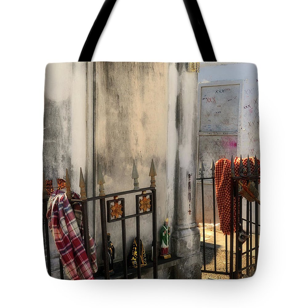 Tomb Tote Bag featuring the photograph Tomb Of Famille Perrault by Kathleen K Parker