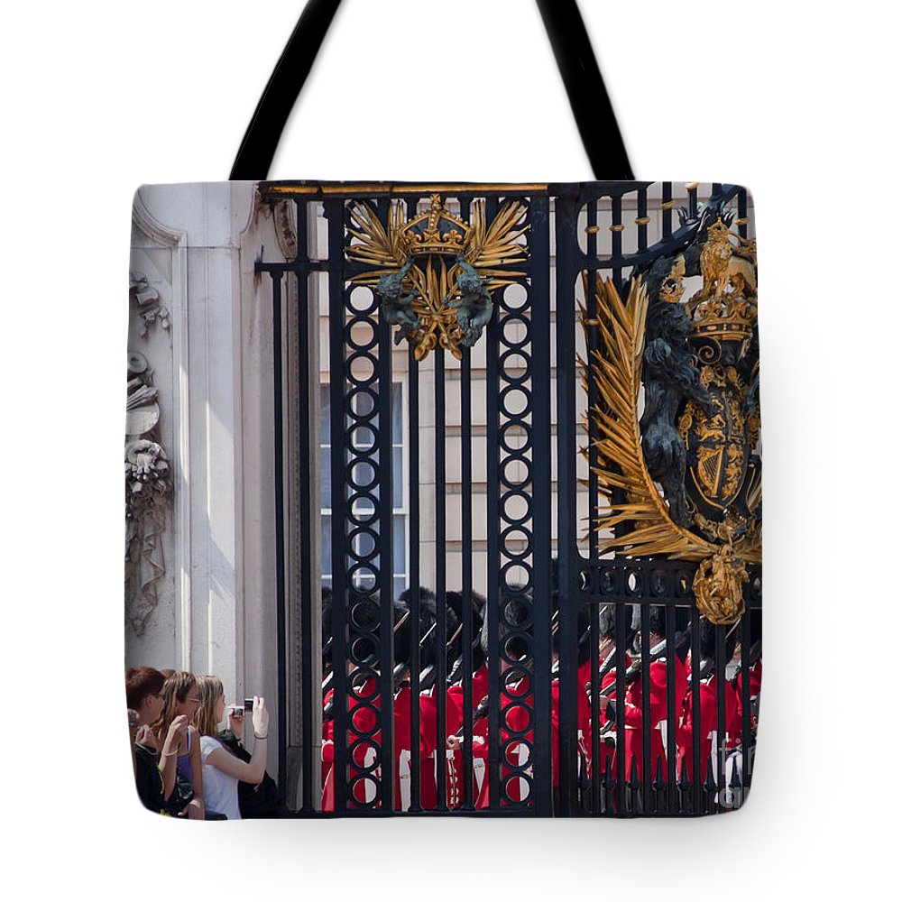 Britain Tote Bag featuring the photograph Tourists At Changing Of The Guards by Andrew Michael