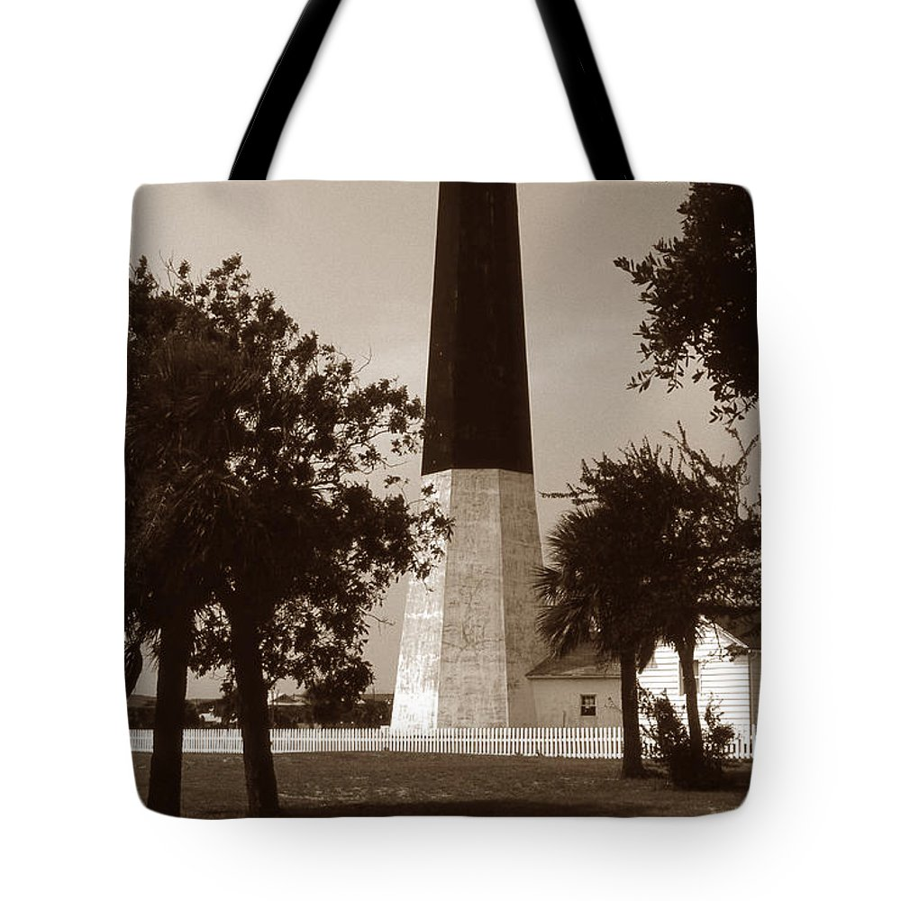 Tybee Island Tote Bag featuring the photograph Tybee Island Lighthouse by Skip Willits