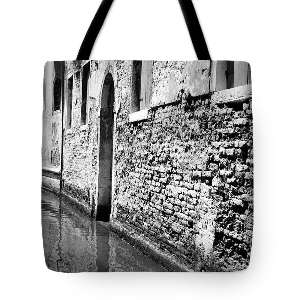 1969 Tote Bag featuring the photograph Venice: Grand Canal, 1969 by Granger