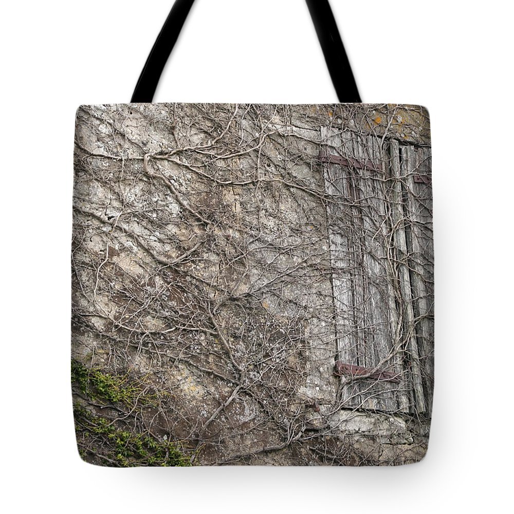 Vinely Wrapped Tote Bag featuring the photograph Vinely Wrapped by Wes and Dotty Weber