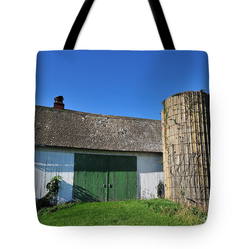 Tote Bag featuring the photograph Vintage American Barn And Silo 2 Of 2 by Terri Winkler