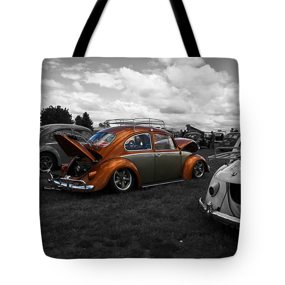 Vw Bug Tote Bag featuring the photograph Vw Shining Through by Steve McKinzie