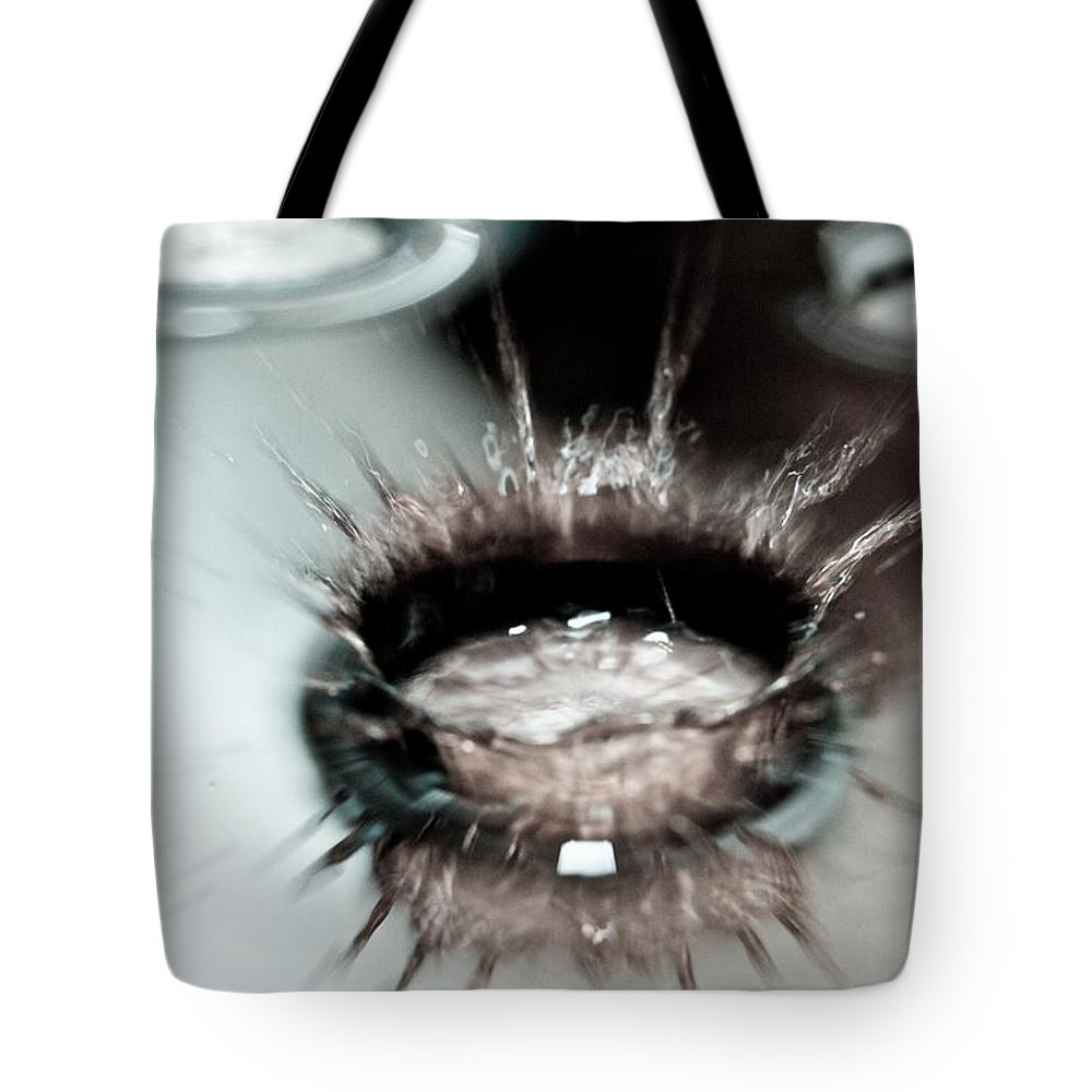 Water Tote Bag featuring the photograph Waterdrop9 by Danielle Silveira