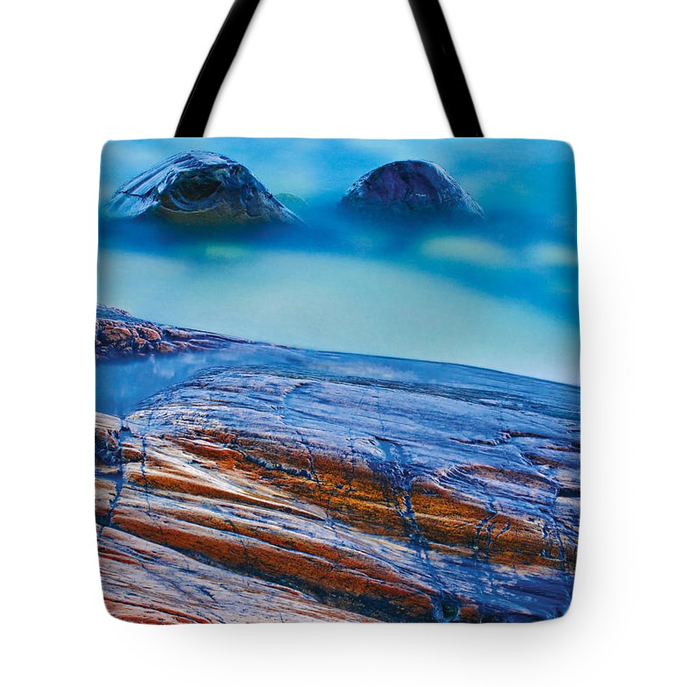 Close Shot Tote Bag featuring the photograph Waves Crashing On Rocky Shoreline by Mike Grandmailson