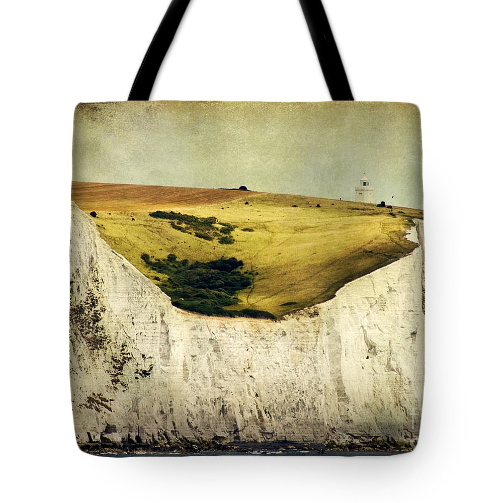 Uk Tote Bag featuring the photograph White Cliffs Lighthouse by Joan McCool