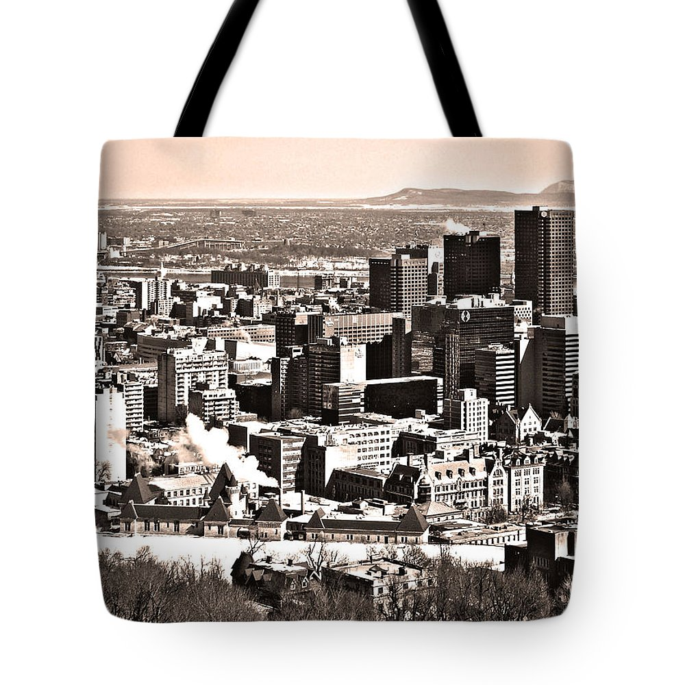 North America Tote Bag featuring the photograph Winter In The City ... by Juergen Weiss
