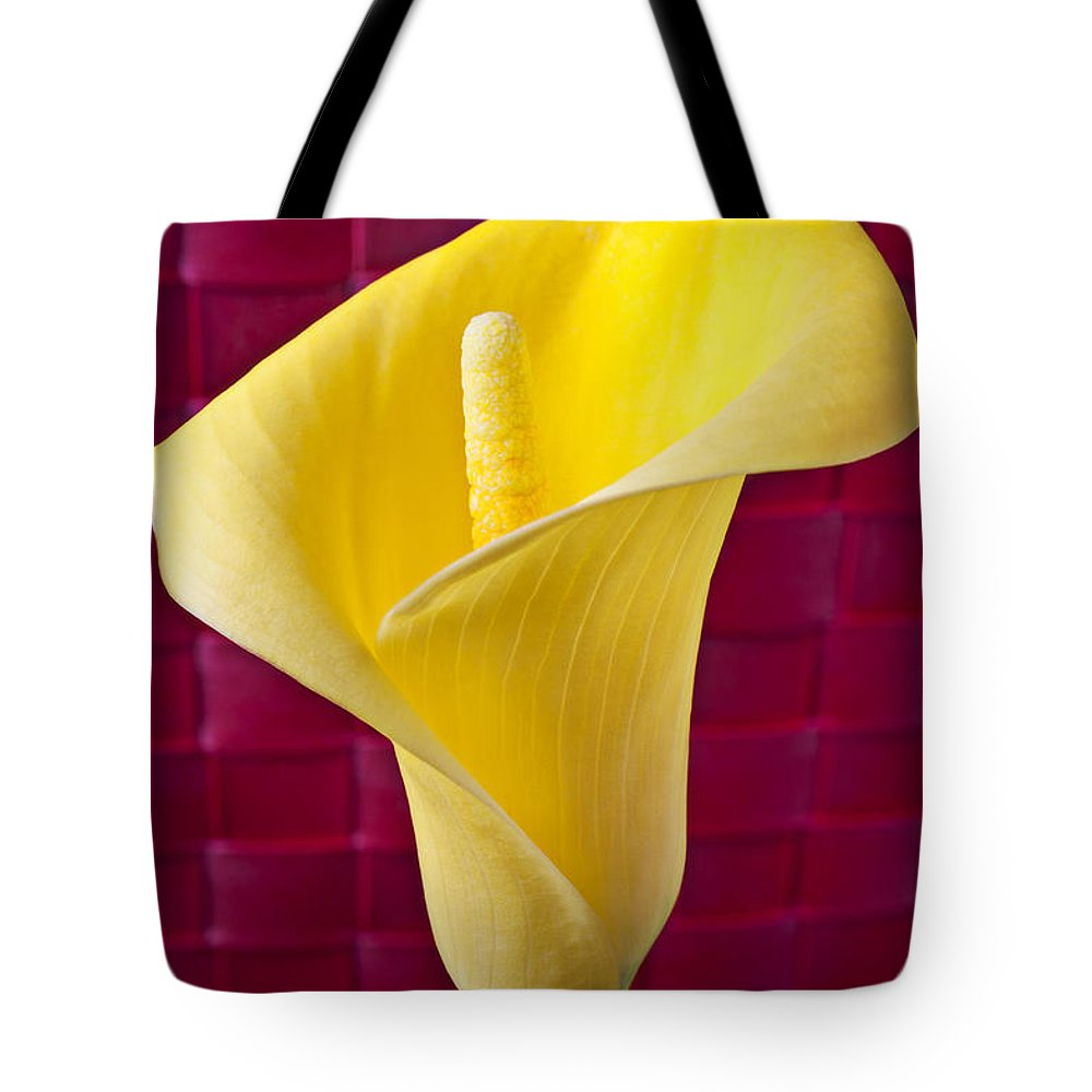 Yellow Tote Bag featuring the photograph Yellow Calla Lily Red Mat by Garry Gay