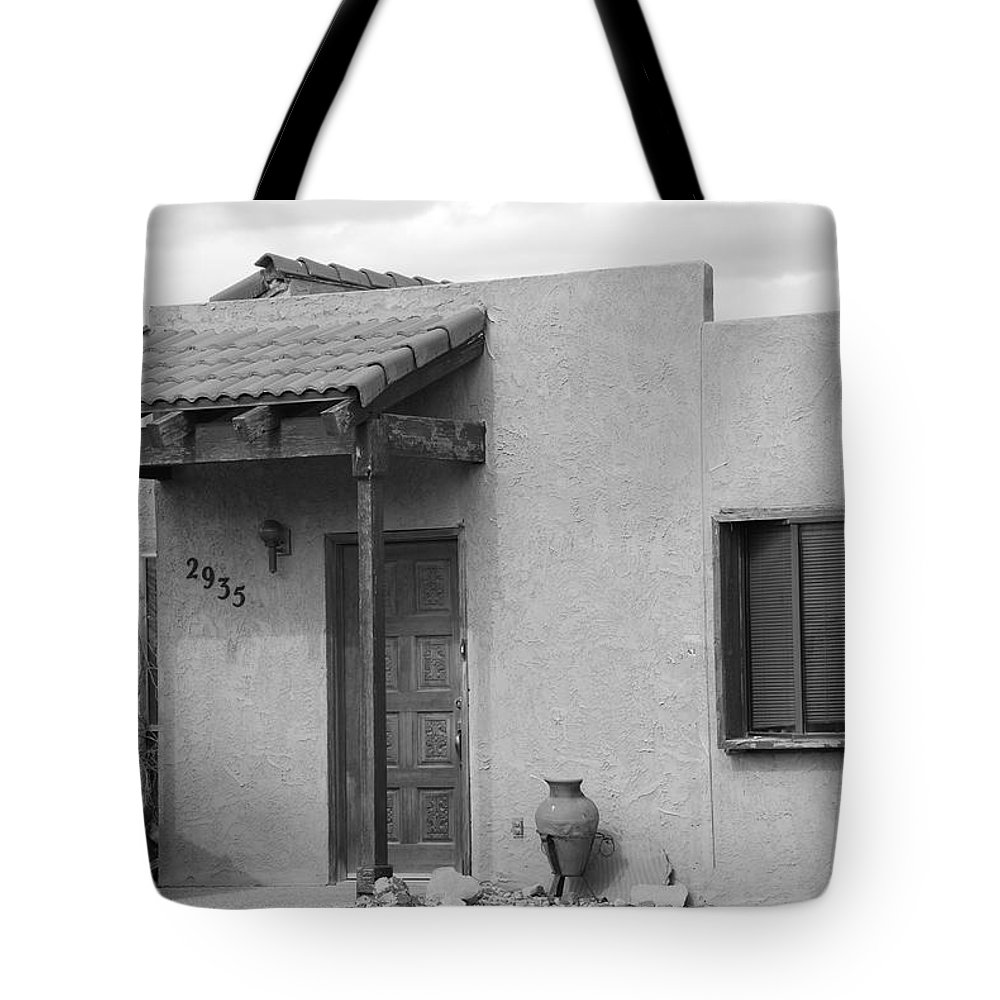 Architecture Tote Bag featuring the photograph Adobe House by Rob Hans