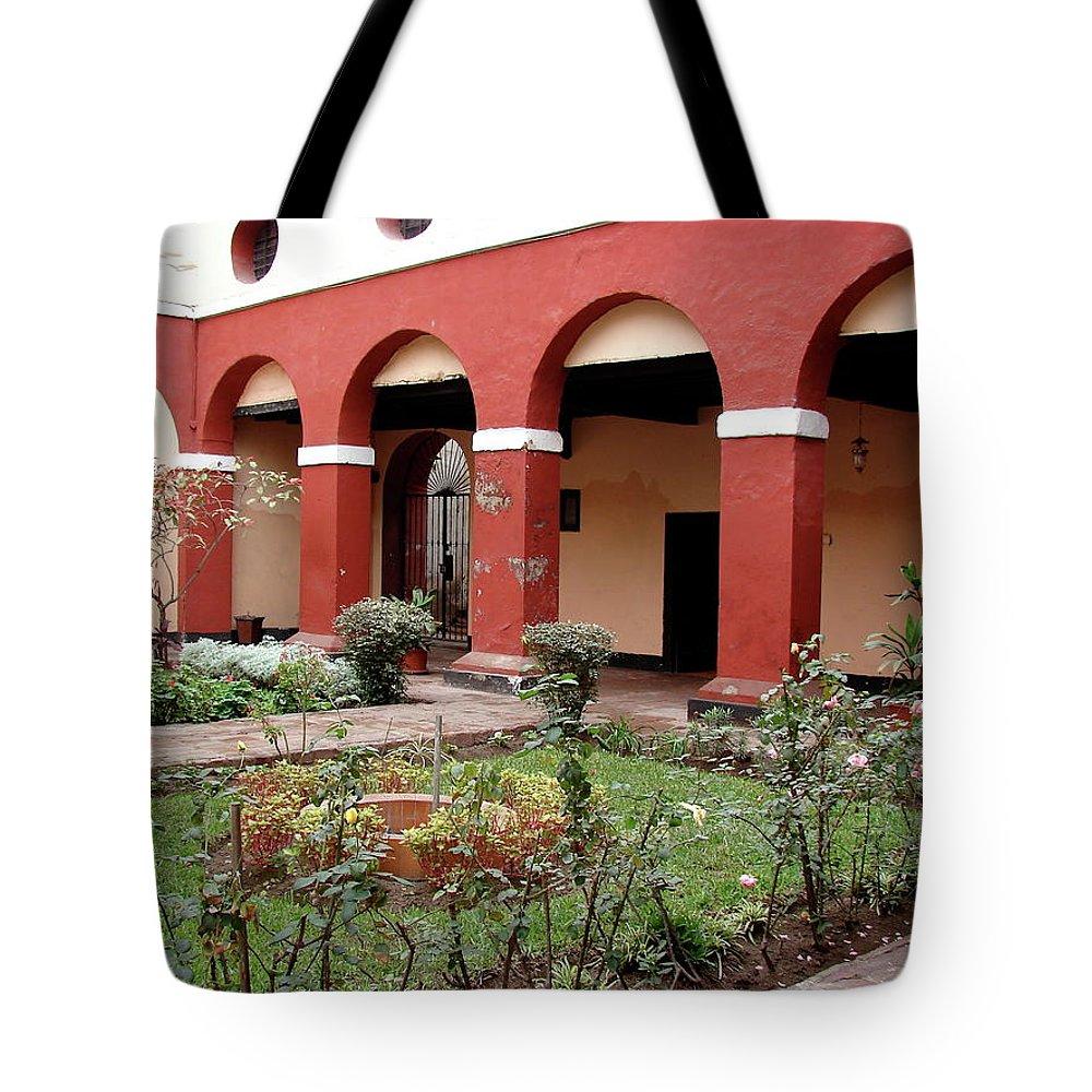 Lima Tote Bag featuring the photograph Lima Peru Garden by Brett Winn
