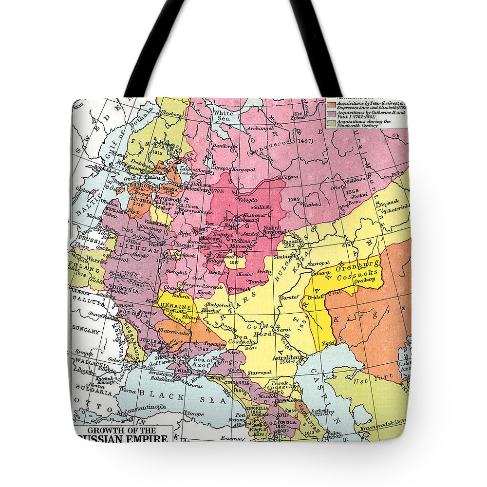 1914 Tote Bag featuring the painting Map: Expansion Of Russia by Granger