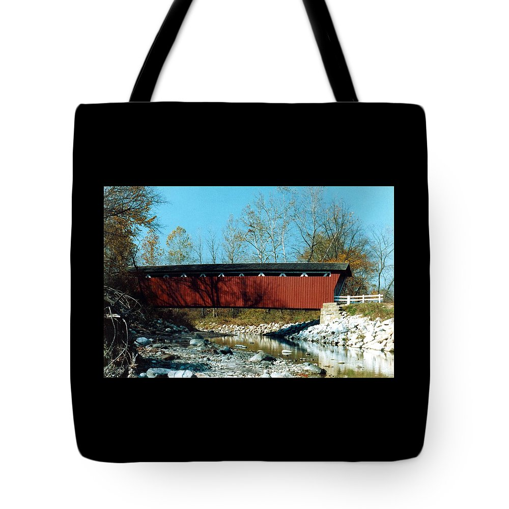 Bridge Tote Bag featuring the photograph 072106-31 by Mike Davis