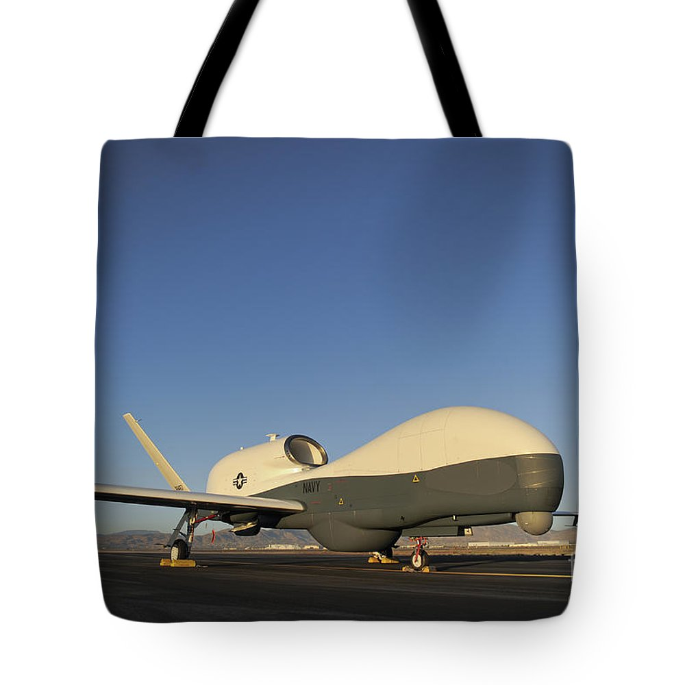 Washington Tote Bag featuring the photograph An Rq-4 Global Hawk Unmanned Aerial by Stocktrek Images