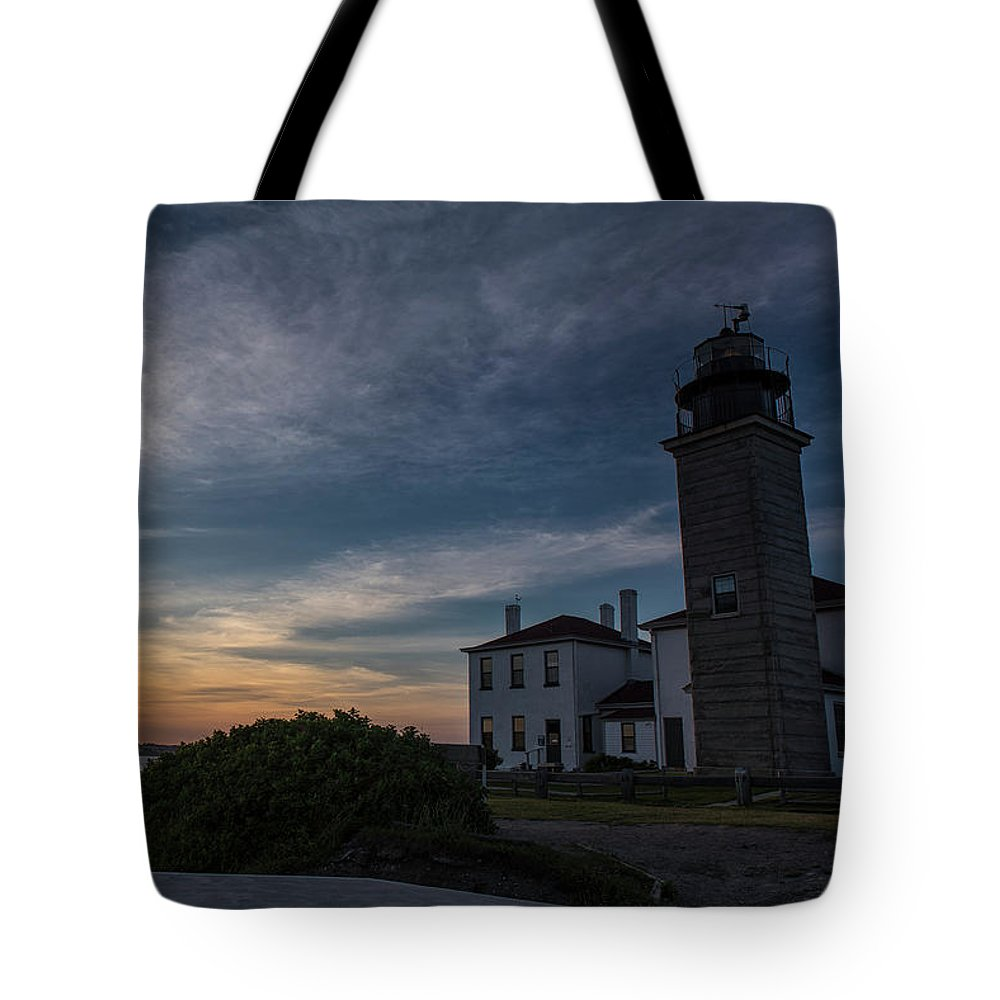 Beavertail Lighthouse Tote Bag featuring the photograph Beavertail Lighthouse by Dennis DiMauro Jr
