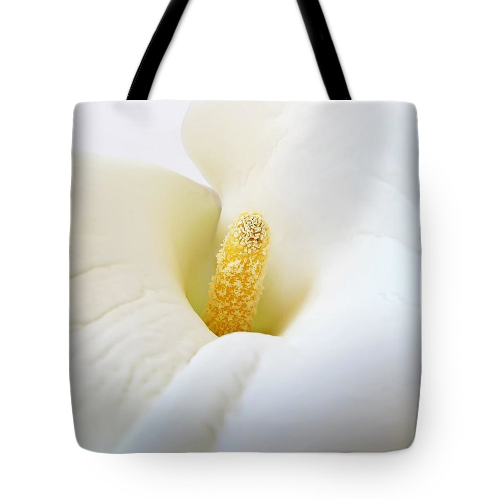 Flower Tote Bag featuring the photograph Calla by Daniel Csoka