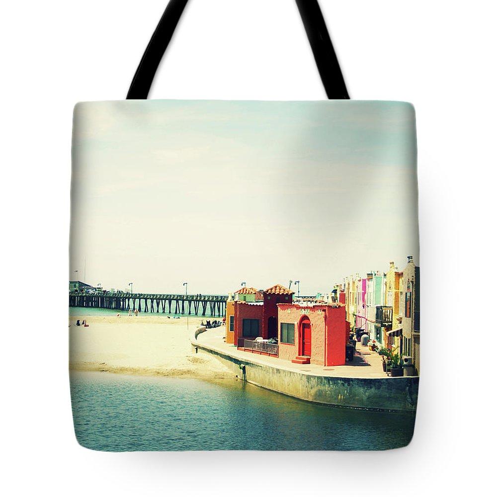 Santa Cruz Photographs Tote Bags
