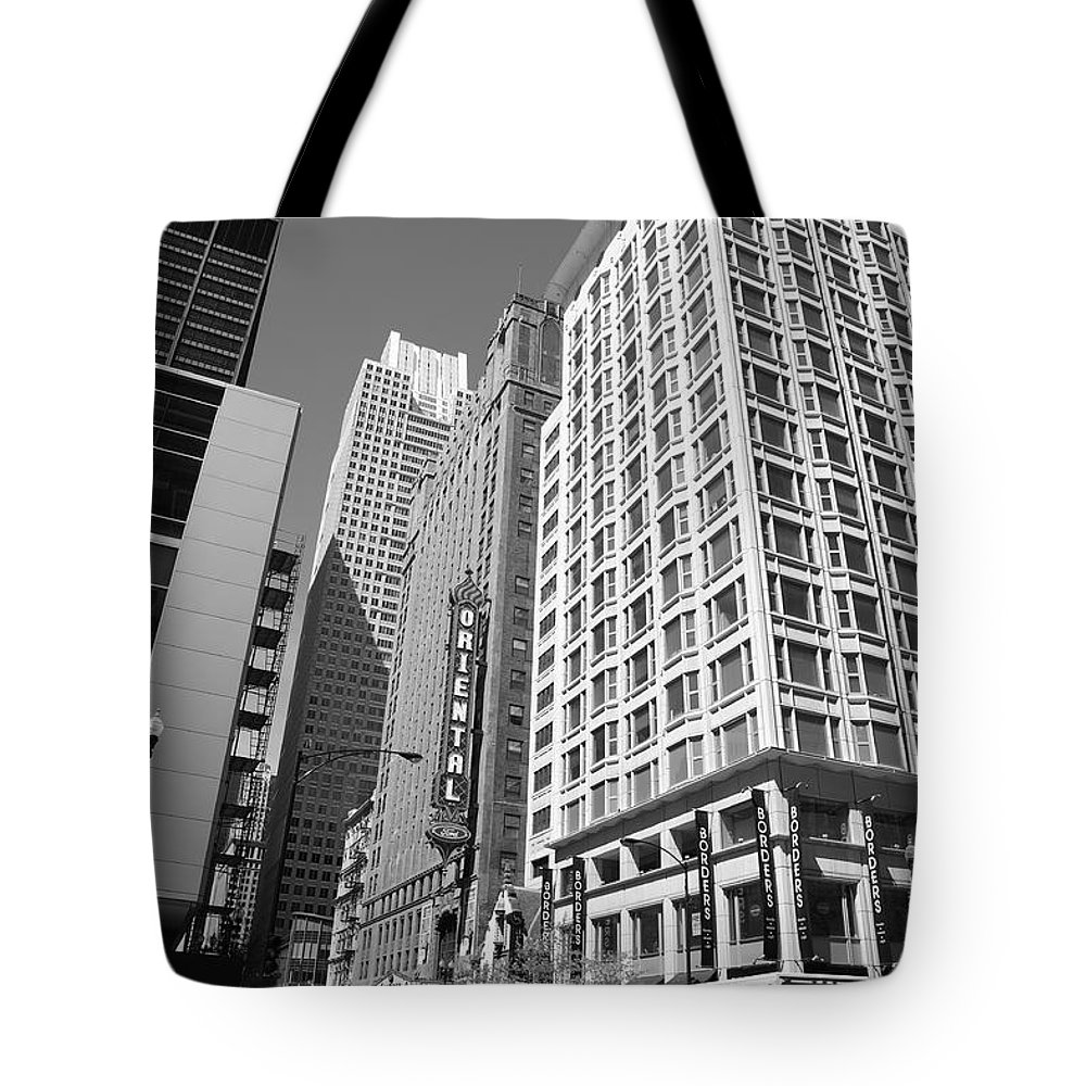 America Tote Bag featuring the photograph Chicago Downtown by Frank Romeo