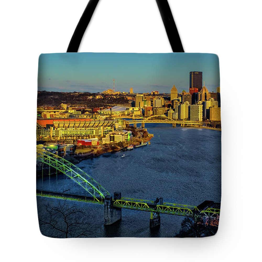 Pennsylvania Tote Bag featuring the photograph Cityscape by Stewart Helberg