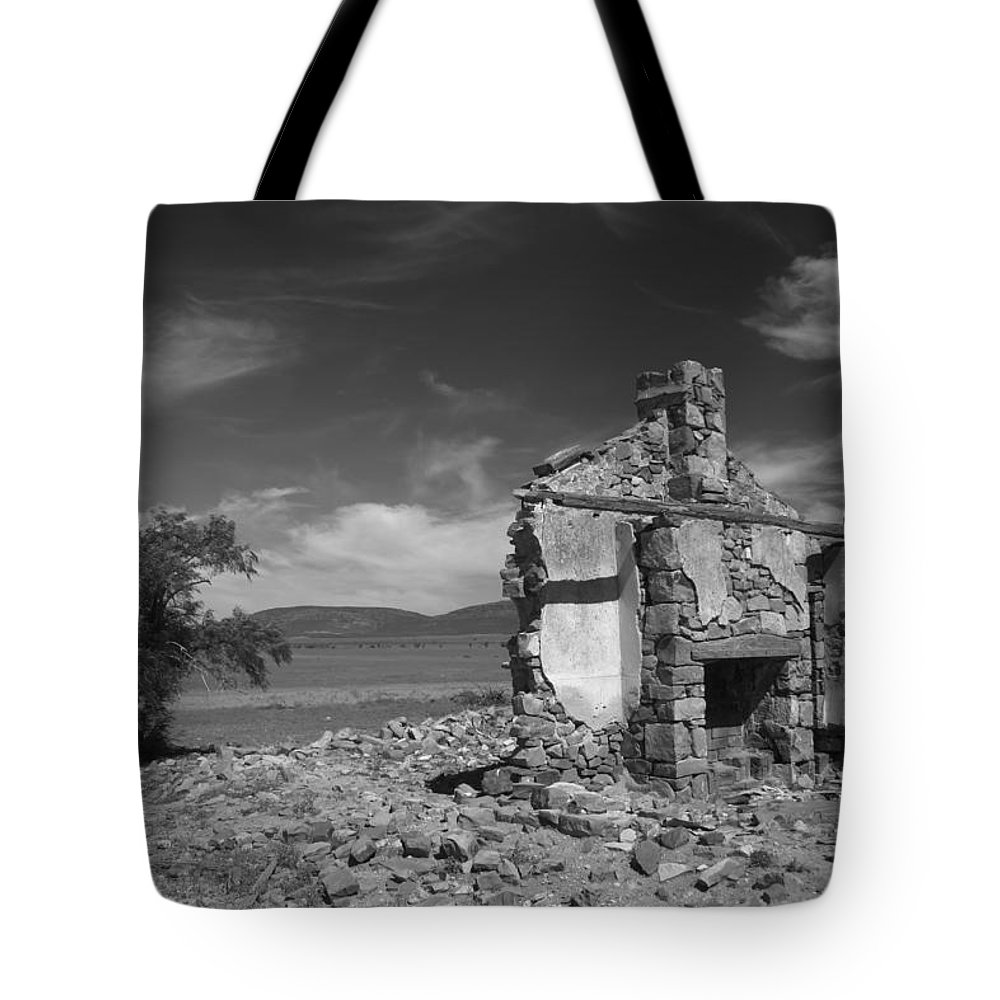 Cottage Tote Bag featuring the photograph Farmhouse Cottage Ruin Flinders Ranges South Australia by Ralph A Ledergerber-Photography