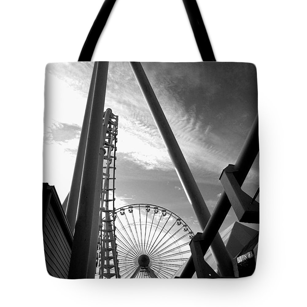 Bradley Tote Bag featuring the photograph Focus On The Ferris Wheel by Rich Despins