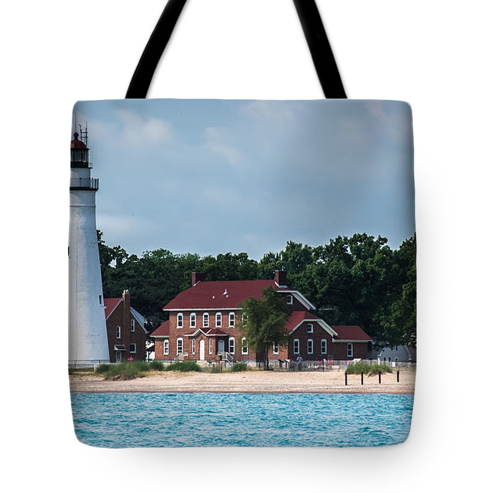 Fort Gratiot Lighthouse Tote Bag featuring the photograph Fort Gratiot Lighthouse by Grace Grogan