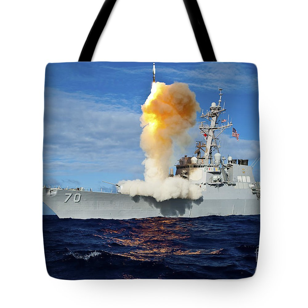 Missile Tote Bag featuring the photograph Guided Missile Destroyer Uss Hopper by Stocktrek Images