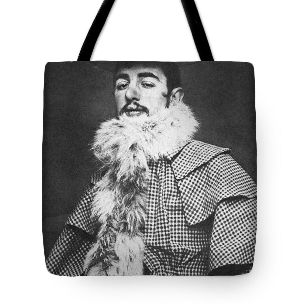 1890 Tote Bag featuring the photograph Henri De Toulouse-lautrec by Granger