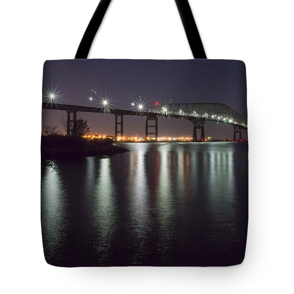 2d Tote Bag featuring the photograph Key Bridge At Night by Brian Wallace