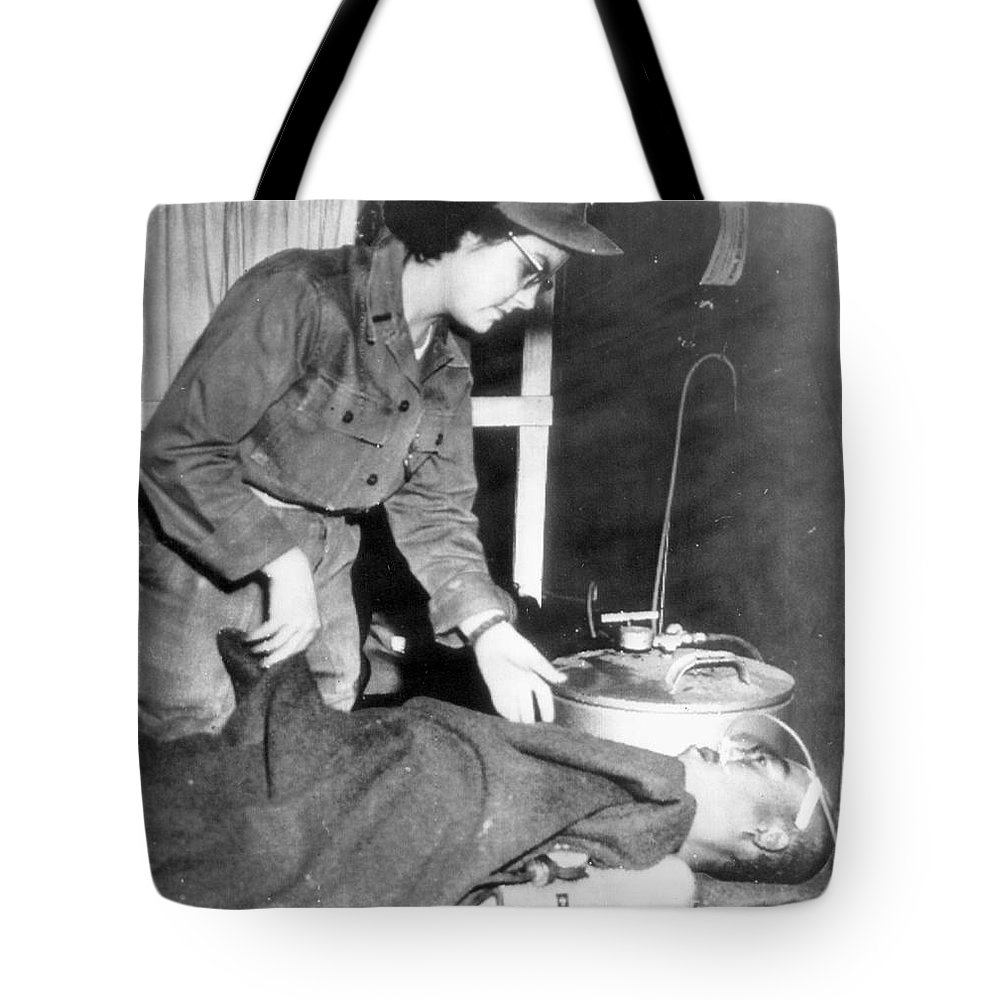 1952 Tote Bag featuring the photograph Korean War, 1952 by Granger