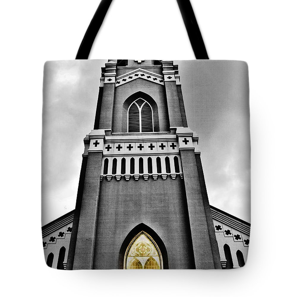 Church Tote Bag featuring the photograph Looking Up by Scott Pellegrin