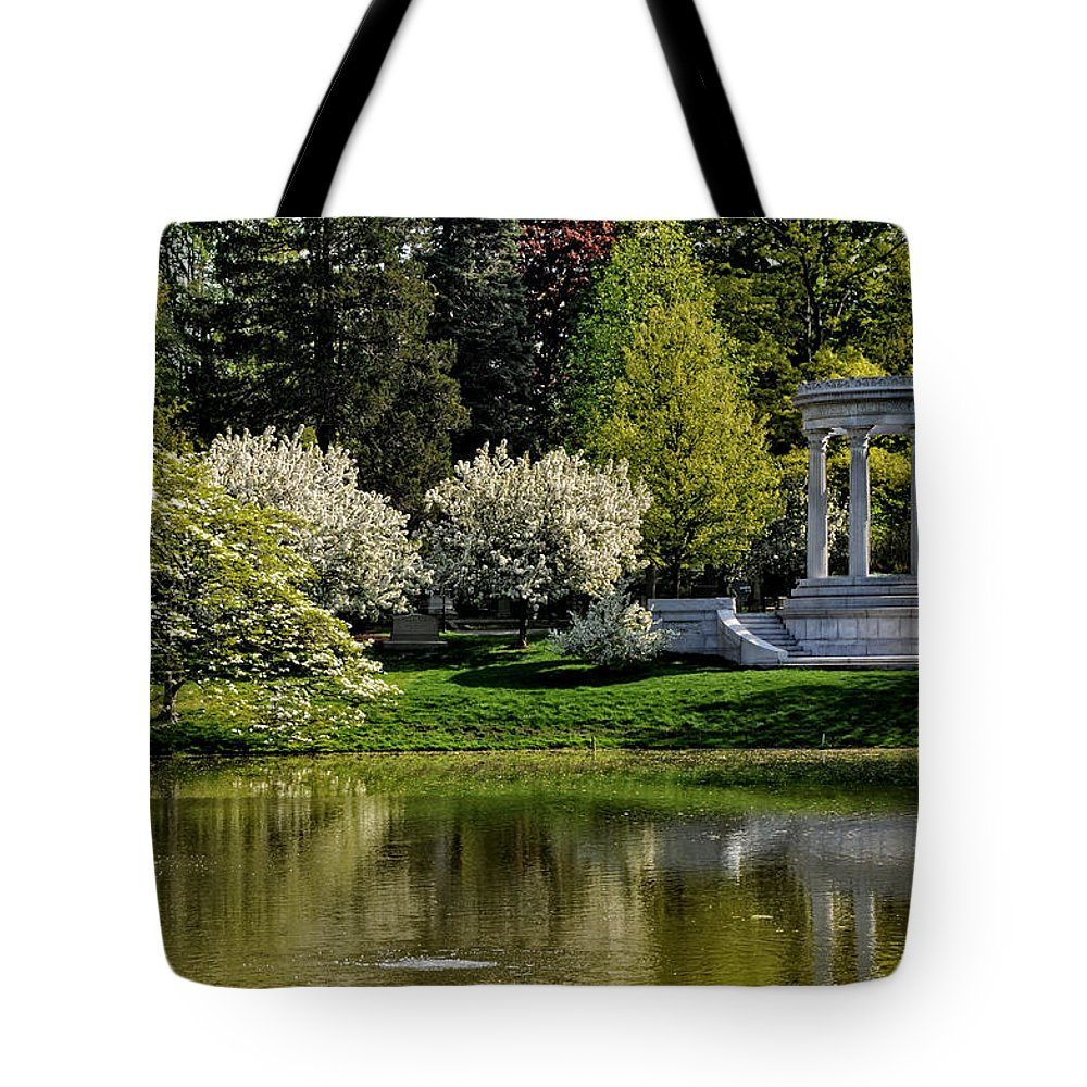 Mary Baker Eddy Tote Bag featuring the photograph Mary Baker Eddy Memorial by Mike Martin
