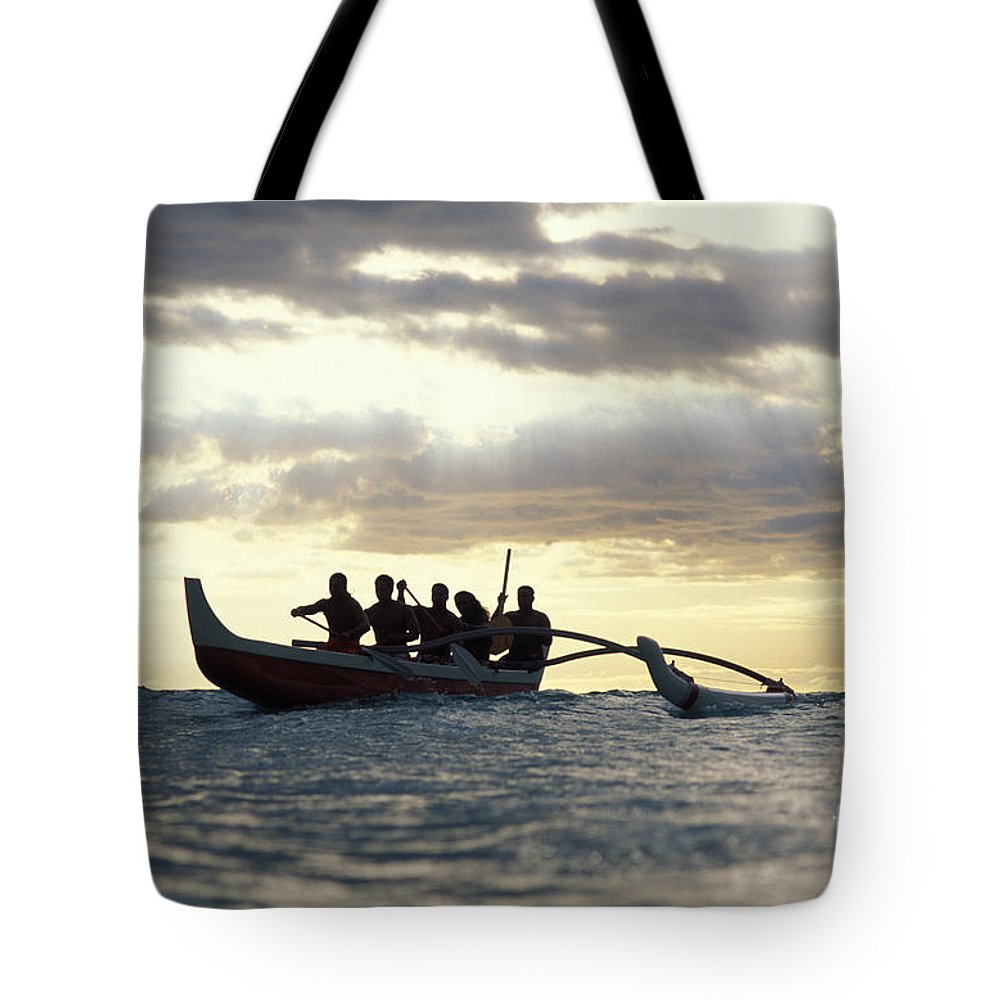 Blue Tote Bag featuring the photograph Outrigger Canoe by Vince Cavataio - Printscapes