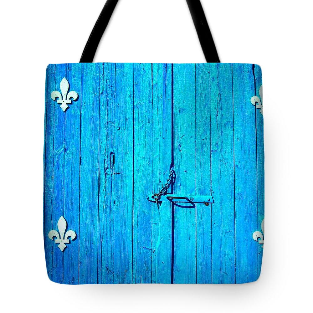North America Tote Bag featuring the photograph Quebec ... by Juergen Weiss